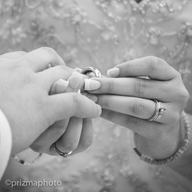 I do! @prizmaphoto #rings #weddingrings #prizmaphoto #weddings #weddingphotography #picoftheday #bride #groom #mywedding #photography #destinationwedding #sweet #bandw #picture #photograph #beautiful #inlove #love #myweddingday #weddingday #weddingflorida #miami #weddingphotographer #photographer #ideas #weddingpictures #theknot #justmarried #ido